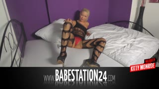 German Novice Chick In Xxx Liveshow (Babestation24)