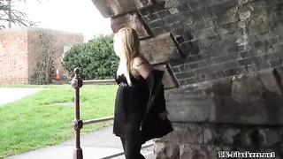 Blonde Stunners Public Getting Off And Outdoor Snatch Flashing Of Luxurious Amateur Chic