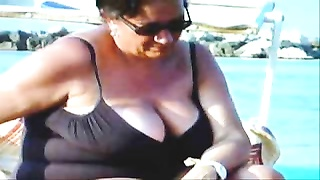 Russian Huge-titted Obsolete Grannies On The Beach! Fledgling !